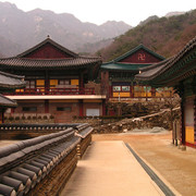 South Korea - a temple in Gyeryong-san