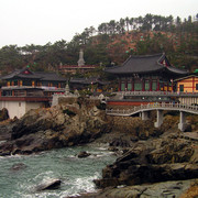 South Korea - Busan - Haedong Yonggunsa Temple 10