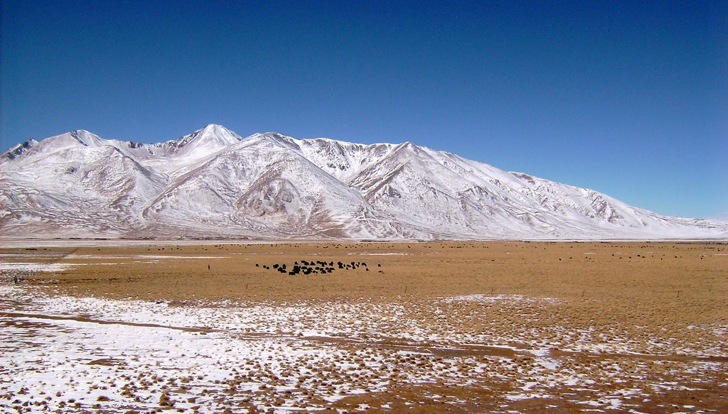 Tibet countryside 09