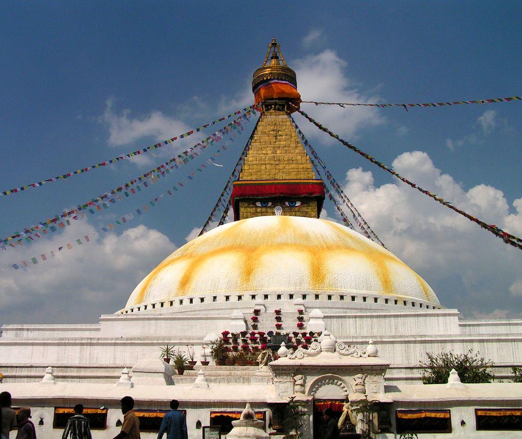 Stupa Bodnath, Check Out Stupa Bodnath : CnTRAVEL
