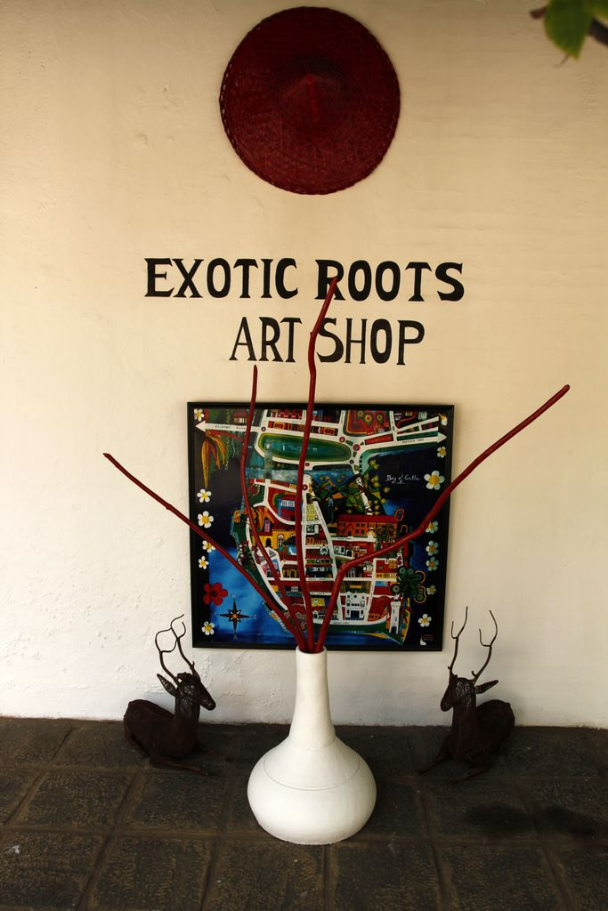 Sri Lanka - an art shop in Galle
