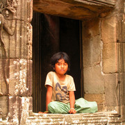 Cambodia - Local girl - Bayon Temple