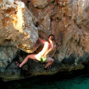 Paula - sea bouldering in Cliffbase 05